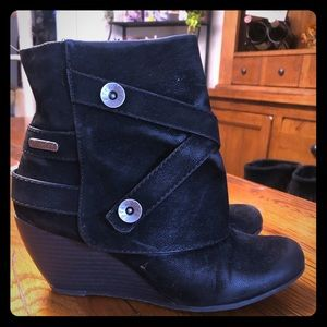 Blowfish suede hidden wedge boot